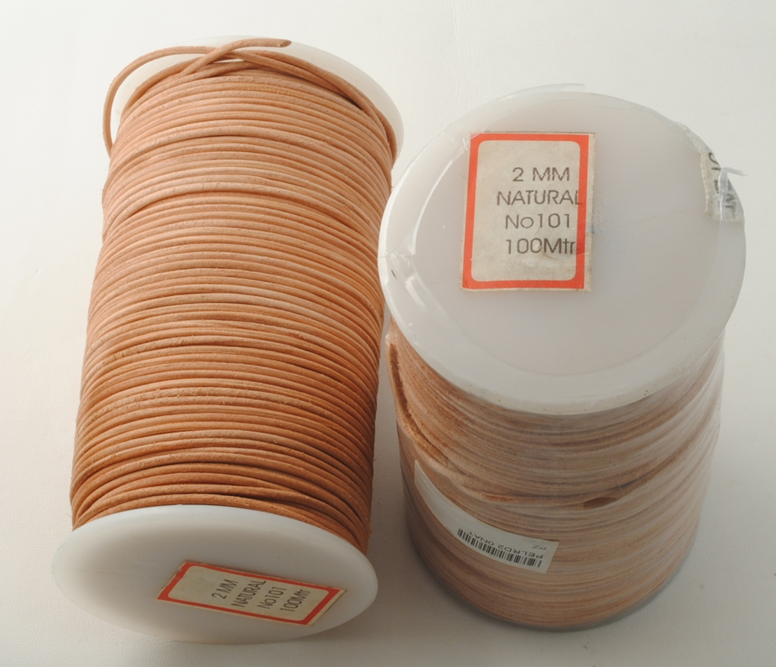 LEATHER CORD 2.0MM X 100MT NATURAL COLOR
