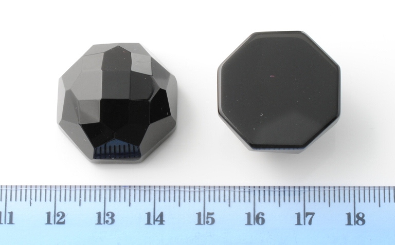 BLACK ONIX FACETED OCTAGONAL CAB 24.5X24.5MM