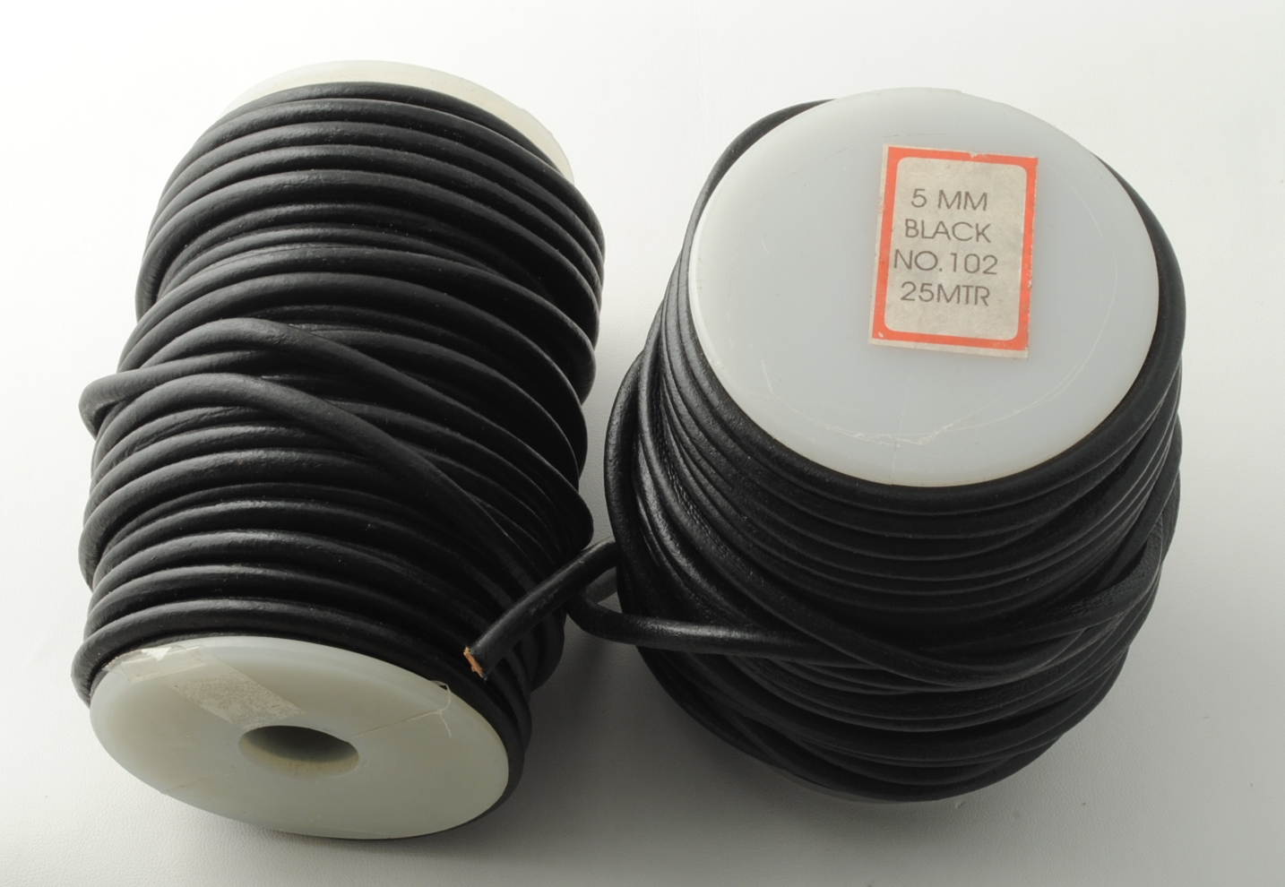 LEATHER CORD 5.0MM X 25MT BLACK COLOR