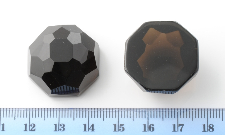 SMOKY QUARTZ FACETED OCTAGONAL CAB 24.5X24.5MM